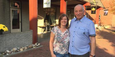 De nieuwe uitbaters Jans en Joyce Mulder van Auberege Visvliet. Foto DvhN