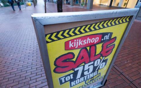 Kijkshop-personeel staat op straat: winkelketen failliet