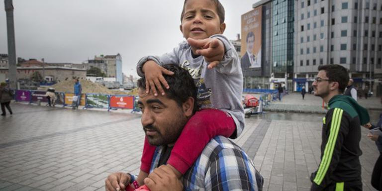 Den Haag steunt studie Syrische vluchtelingen