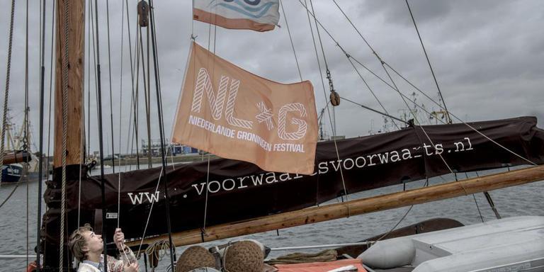 Vlaggenschip Groningen aan de ketting