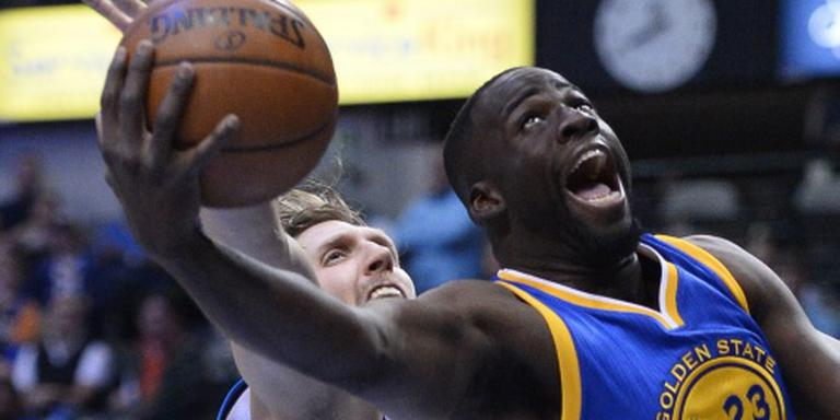 Warriors en Spurs ongeslagen in eigen huis