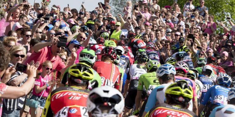 Tweede dag Giro trekt 235.000 toeschouwers