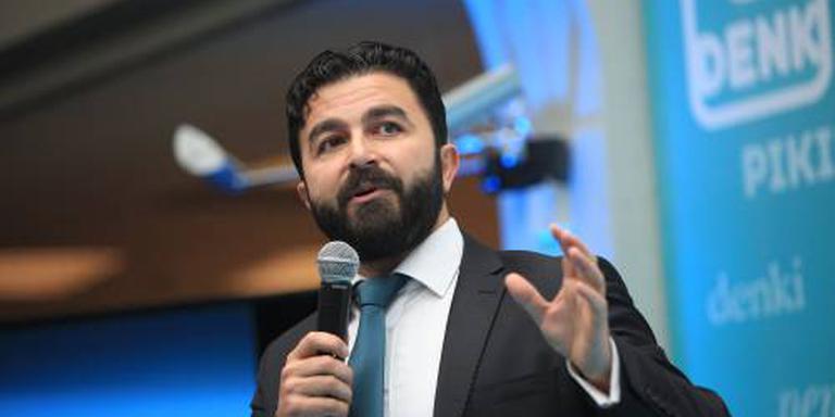 DENK: verbied buitenlands geld in politiek