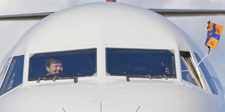 Piloot Willem-Alexander laat zich omscholen