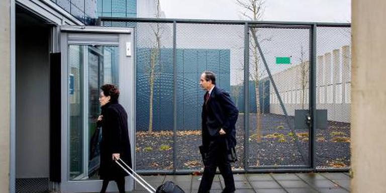 Knoops hervat pleidooi in zaak-Wilders