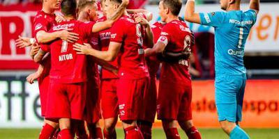 FC Twente wint met 6-1 van Jong FC Utrecht
