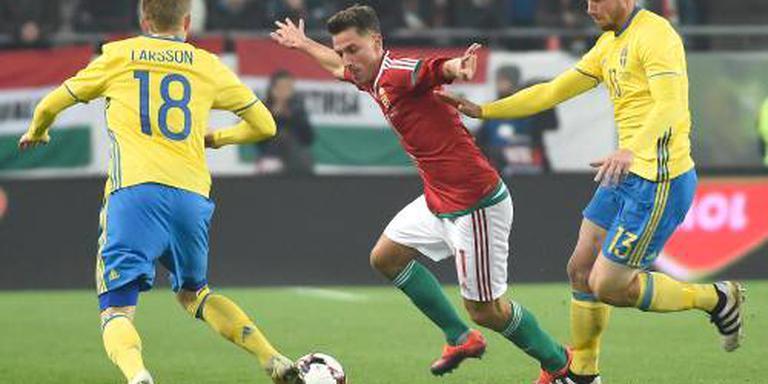 Debutant Larsson scoort voor Zweden