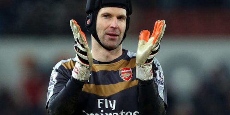 Arsenal mist Cech in duel met Tottenham