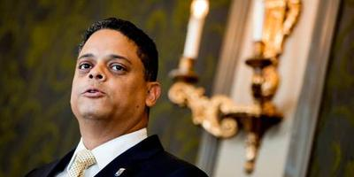 Parlement Curaçao boos op minister Blok
