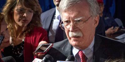 Bolton cancelt trip Zuid-Korea om Venezuela