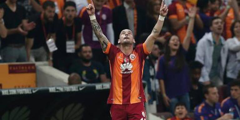 Sneijder helpt Galatasaray langs Bursaspor