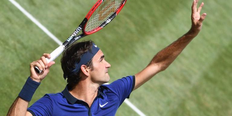 Mayer maakt het Federer moeilijk