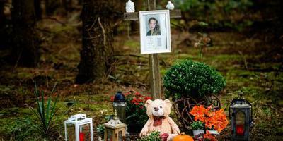Verbod op boek moordzaak Van den Hurk geëist