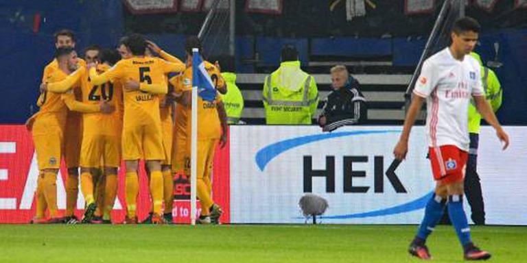 Frankfurt drukt HSV verder in de problemen