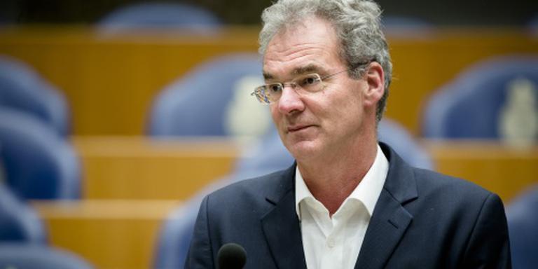 PvdA en GL: brievenbusfirma's naar Kamer