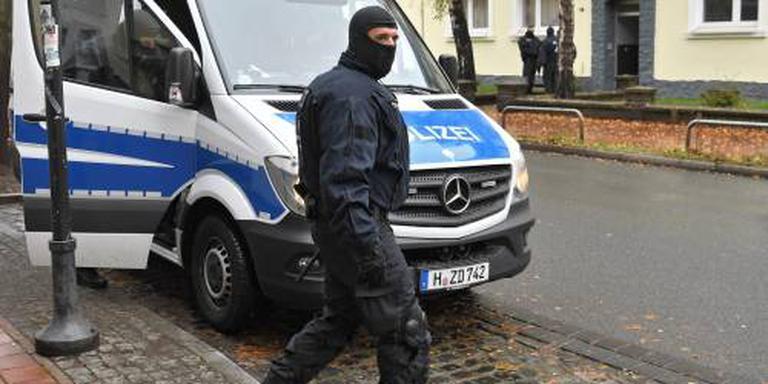 Duitse politie doet invallen bij salafisten