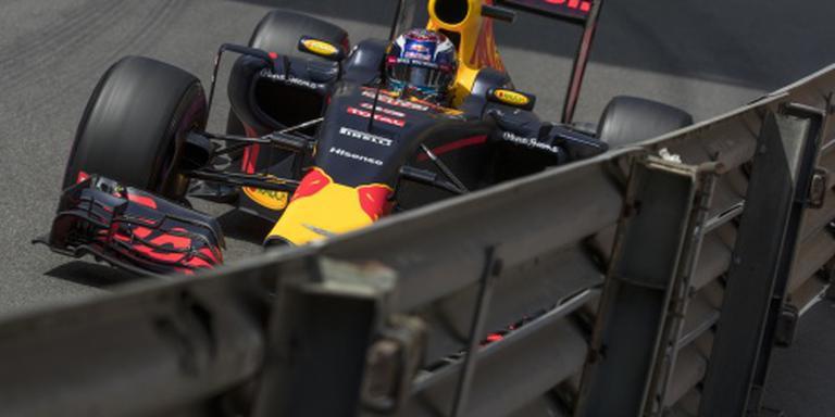 Verstappen crasht in kwalificatierace Monaco