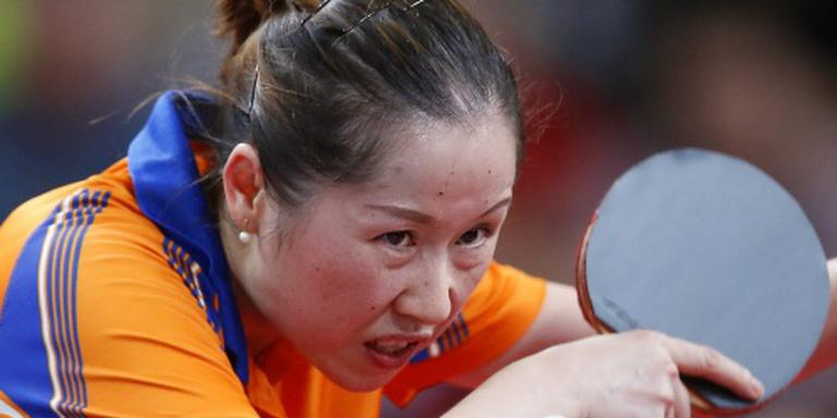 Tafeltennisster Li Jie geeft geblesseerd op