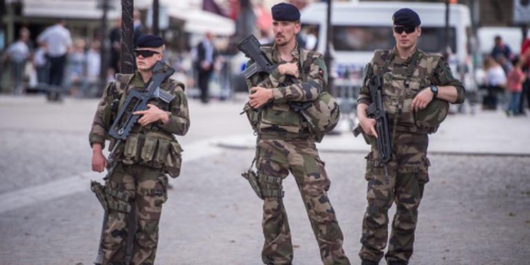 Drie vrouwen opgepakt wegens 'bomauto'