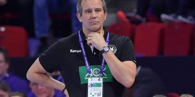 Oud-coach Groener prijst handbalsters