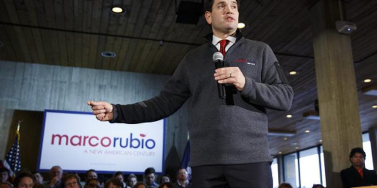 Rivalen halen uit naar 'onervaren' Rubio