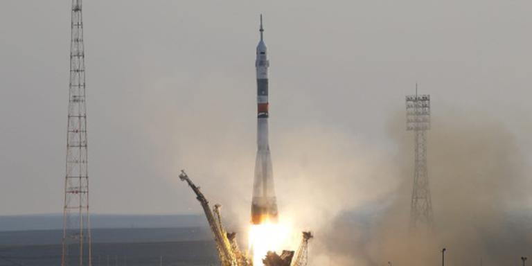 Vernieuwde Sojoez-capsule naar ruimtestation