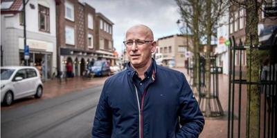 """Restauranthouder Gert Bruns uit Haren: ,,Mensen vinden de nieuwe situatie niet prettig, maar er zijn wel veel minder ongelukken."""" Foto: Corné Sparidaens"""