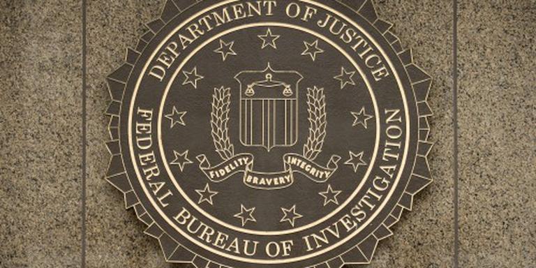 FBI pakt agent van NSA op