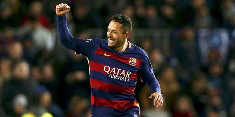 Adriano na zes jaar weg bij FC Barcelona