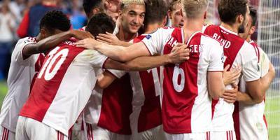 Ajax zet AEK Athene na rust opzij