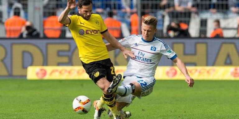 Achtervolger Dortmund doet zijn plicht