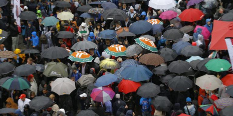 Regen weer spelbreker op Roland Garros