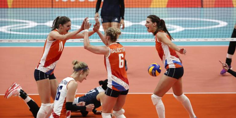 Volleybalsters stunten tegen China