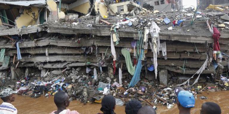 Dodental ingestort gebouw Nairobi stijgt