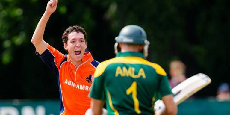 Profcontract cricketer Van Meekeren