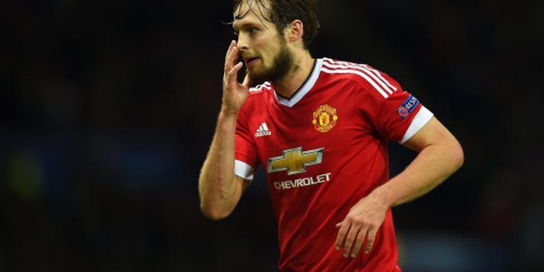 Manchester United met Blind in stadsderby