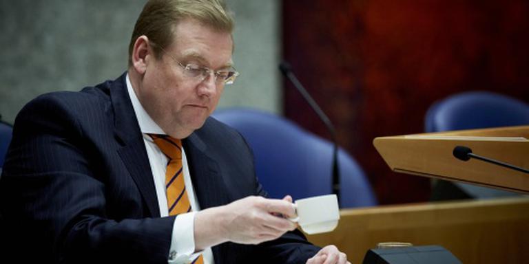 Minister krijgt zware dobber aan kwestie-Maat
