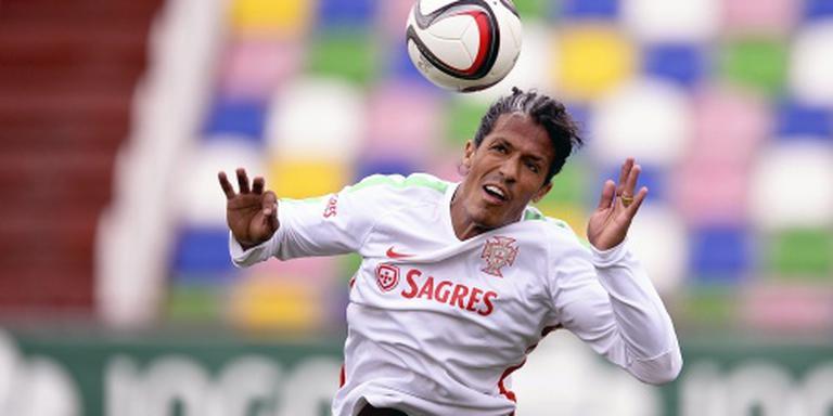 Portugese verdediger Alves naar Cagliari