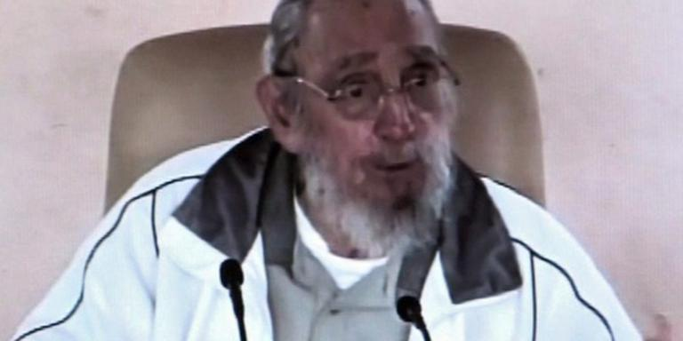 Castro vindt leiderschap Cuba te oud