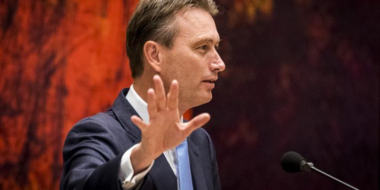 VVD: pak geldstroom uit onvrij land aan