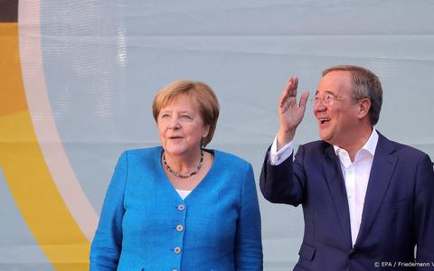 Lang coalitieoverleg in Duitsland kan Merkel record opleveren