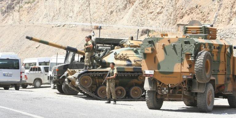 Turkse soldaten en Koerden gedood in Hakkari