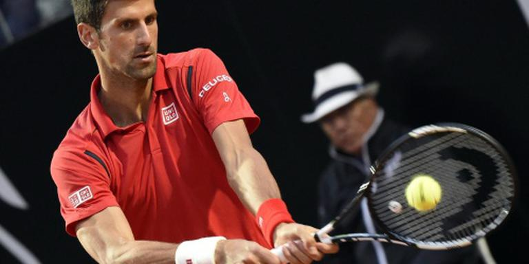 Djokovic knokt zich naar finale in Rome
