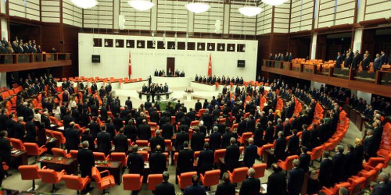 Turkse parlement stemt voor einde immuniteit