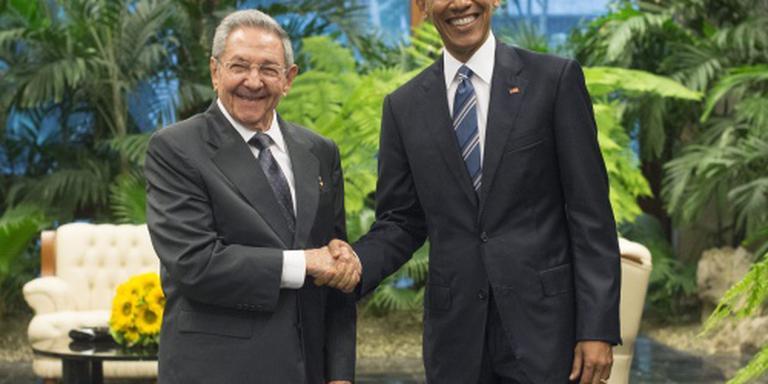Obama ontmoet Castro