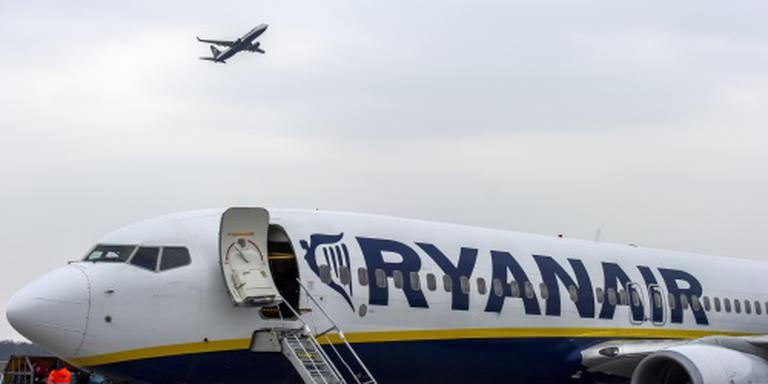 Ryanair naarstig op zoek naar personeel
