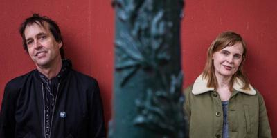 Chuck Prophet en Stephanie Finch treden zaterdag op in Groningen. Foto: Paul Bergen