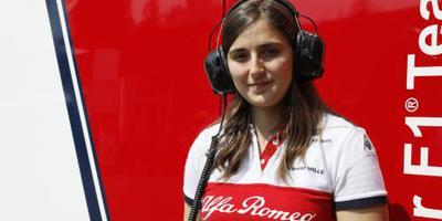 Eerste vrouwelijke coureur in Formule 2