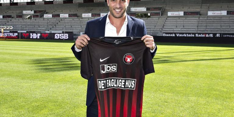 Van der Vaart debuteert in Deense dienst
