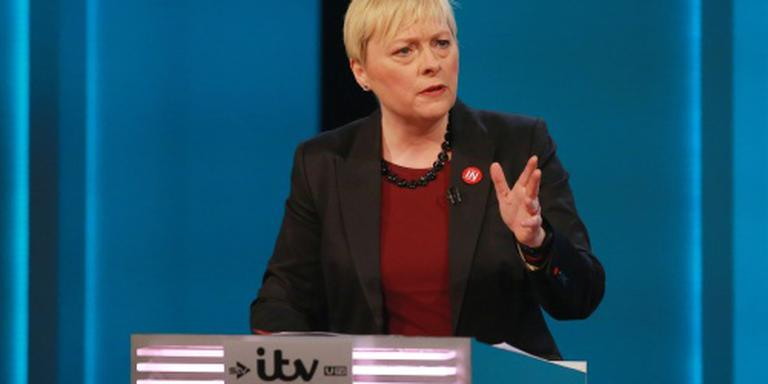 Angela Eagle dingt naar post Labourleider
